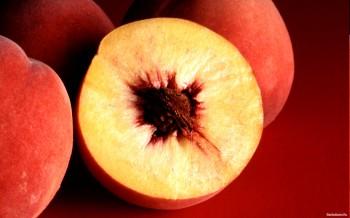 Персик из косточки