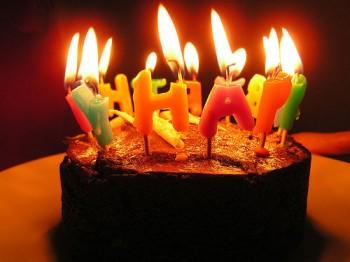 Как поздравить любимого с Днем рождения